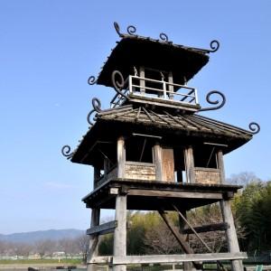 2千年前の楼閣再現